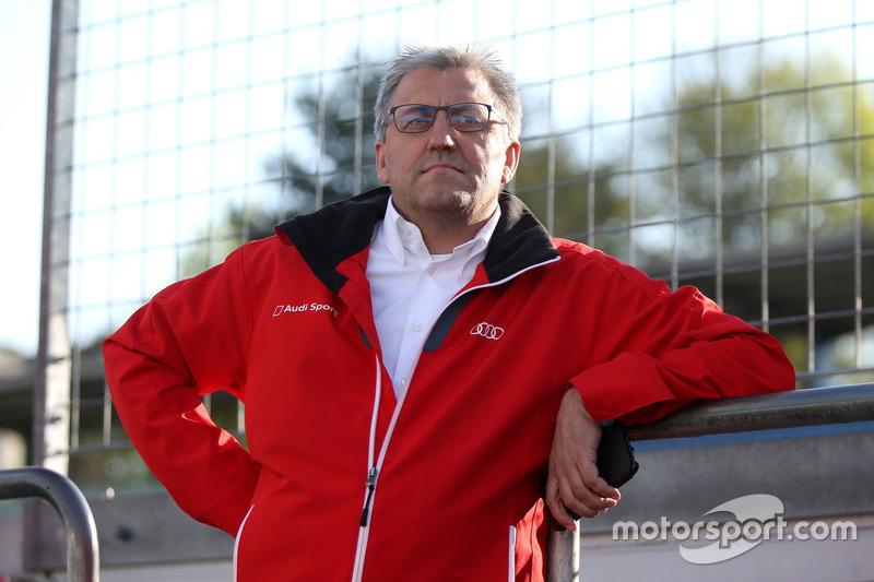 Ernst Moser, Team principal, Audi Sport Team Phoenix