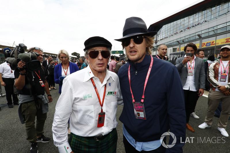 Sir Jackie Stewart con el actor Owen Wilson