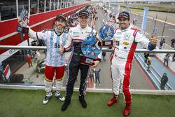 Ganador Yann Ehrlacher, RC Motorsport, segundo lugar Esteban Guerrieri, Campos Racing, tercer lugar Mehdi Bennani, Sébastien Loeb Racing