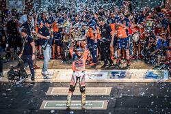 Ganadores #14 Red Bull KTM Factory Racing: Sam Sunderland