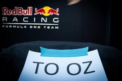 Груз Red Bull Racing перед отправкой в Мельбурн