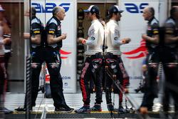 Франц Тост, руководитель Scuderia Toro Rosso и Карлос Сайнс, Scuderia Toro Rosso