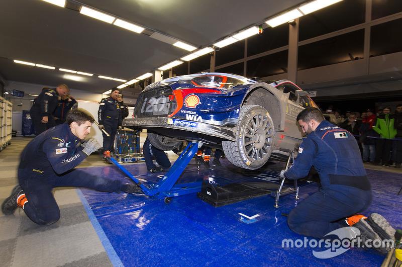 Área del equipo Hyundai Motorsport