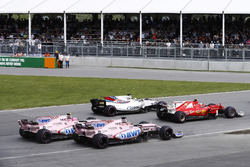 Kimi Raikkonen, Ferrari SF70H, Felipe Massa, Williams FW40, Sergio Perez, Sahara Force India F1 VJM10 y Esteban Ocon, Sahara Force India F1 VJM10