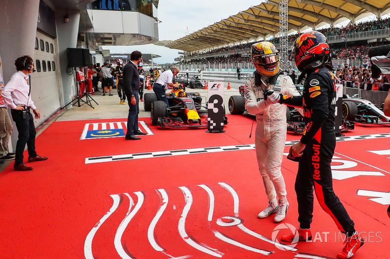 "Gran Premio de Malasia: la inscripción ""1999-2017. Gracias, Malasia ""."