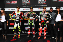 Superpole : le poleman, Jonathan Rea, Kawasaki Racing, le deuxième, Leandro Mercado, IodaRacing Team, et le troisième, Tom Sykes, Kawasaki Racing
