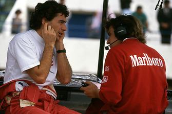 Ayrton Senna, McLaren, mit Pat Fry