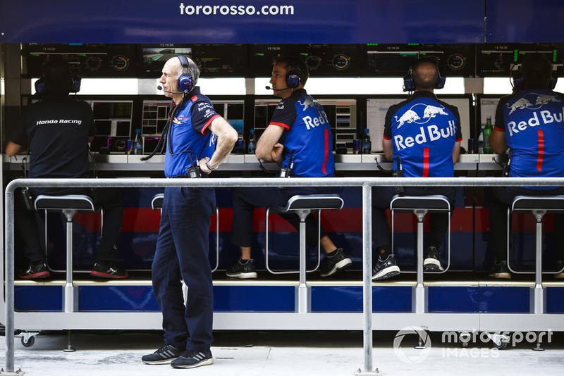 Franz Tost, Team Principal, Scuderia Toro Rosso, sur le muret des stands