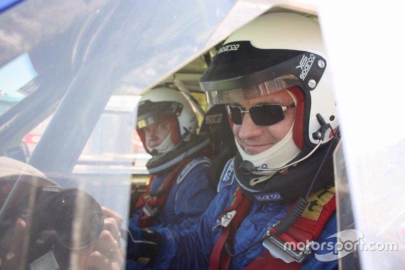 Богдан Новицький (пілот) та Сергій Совгір (штурман)