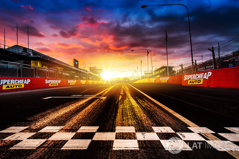 Mount Panorama'yı Formula 1'de görme şansımız: Sıfır