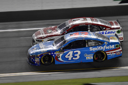 Ryan Blaney, Wood Brothers Racing Ford, Darrell Wallace Jr., Richard Petty Motorsports Ford