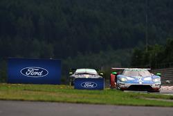 #66 Ford Chip Ganassi Team UK  Ford GT: Штефан Мюке, Олів'є Пла