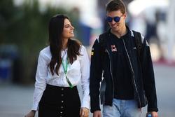 Daniil Kvyat, Scuderia Toro Rosso, mit Freundin Kelly Piquet