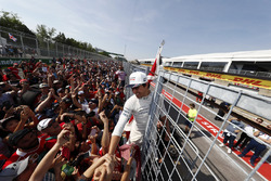 Lance Stroll, Williams, celebrates his first points, fans