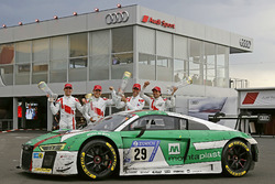Yarış galibi #29 Audi Sport Team Land-Motorsport, Audi R8 LMS: Christopher Mies, Connor De Phillippi, Markus Winkelhock, Kelvin van der Linde