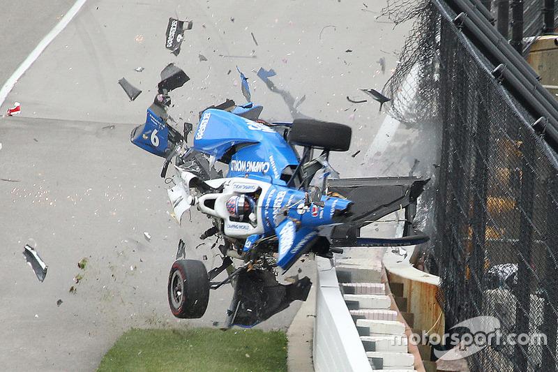 Le terrible crash de Scott Dixon à Indianapolis
