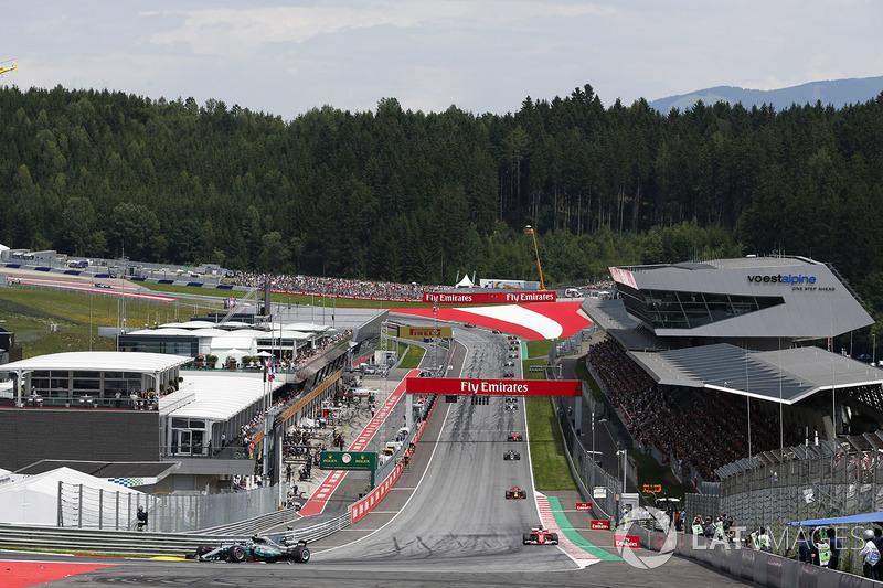 Валттері Боттас, Mercedes AMG F1 W08, Себастьян Феттель, Ferrari SF70H, Даніель Ріккардо, Red Bull Racing RB13