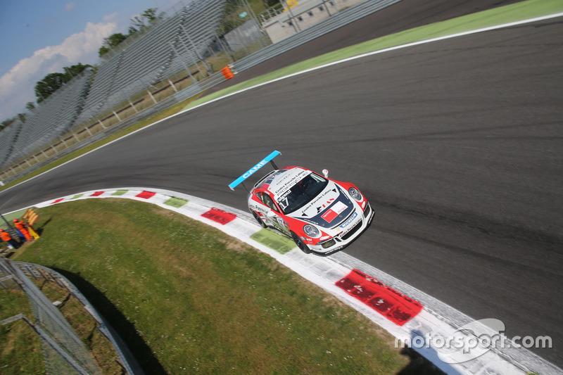 Enrico Fulgenzi, TAM-Racing, in Parabolica a Monza