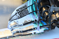 Mercedes-AMG F1 W09 front wing detail with aero paint