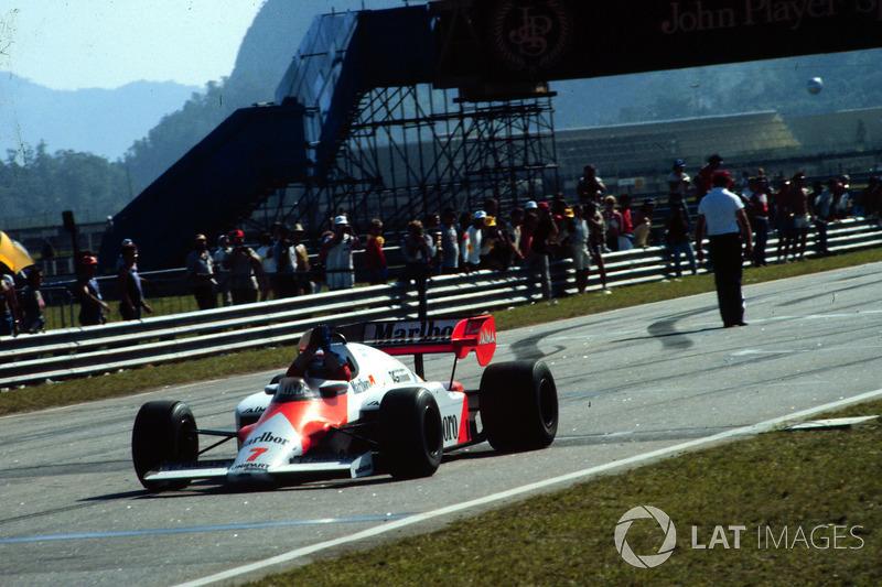 Ganador del GP de Brasil 1984: Alain Prost, McLaren MP4/2