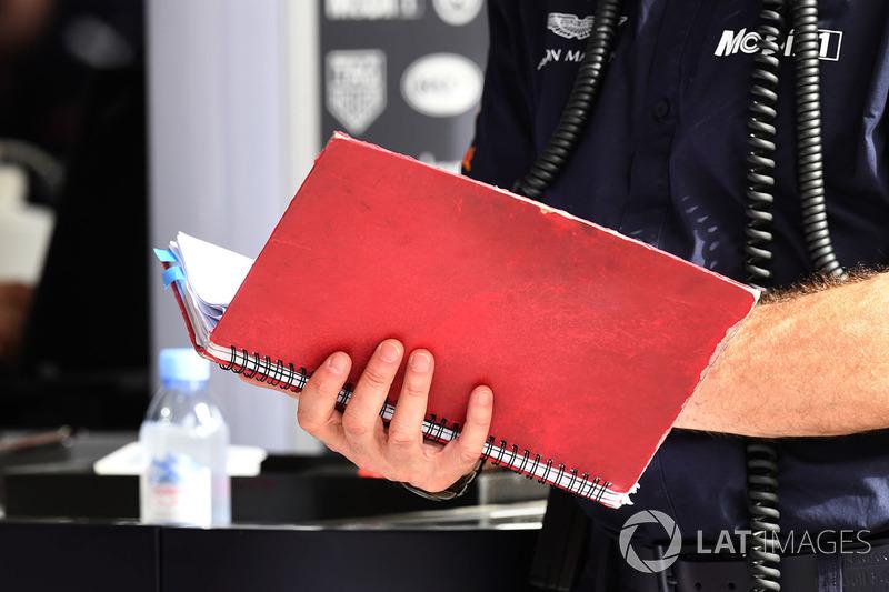 Adrian Newey, Red Bull Racing note book