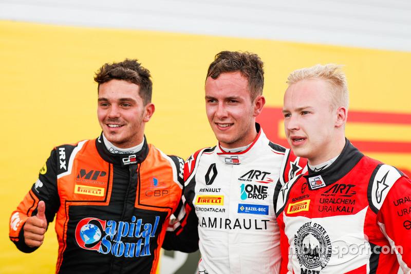 Le vainqueur Dorian Boccolacci, MP Motorsport, le deuxième, Anthoine Hubert, ART Grand Prix, le troisième, Nikita Mazepin, ART Grand Prix