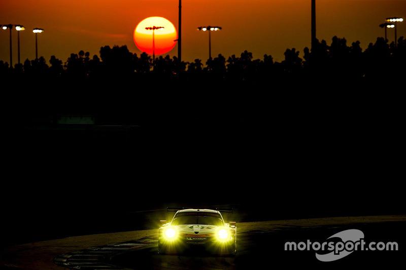 #91 Porsche 911 RSR: Richard Lietz, Frédéric Makowiecki