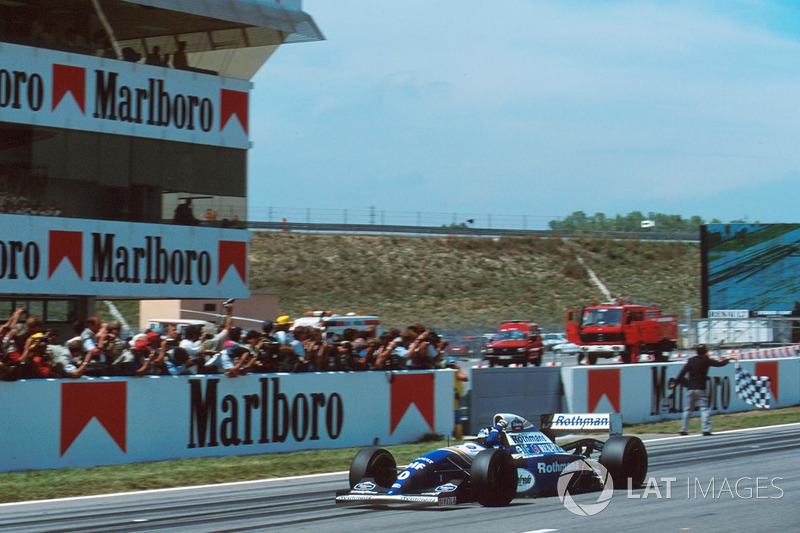 Damalı bayrak: Damon Hill, Williams FW16