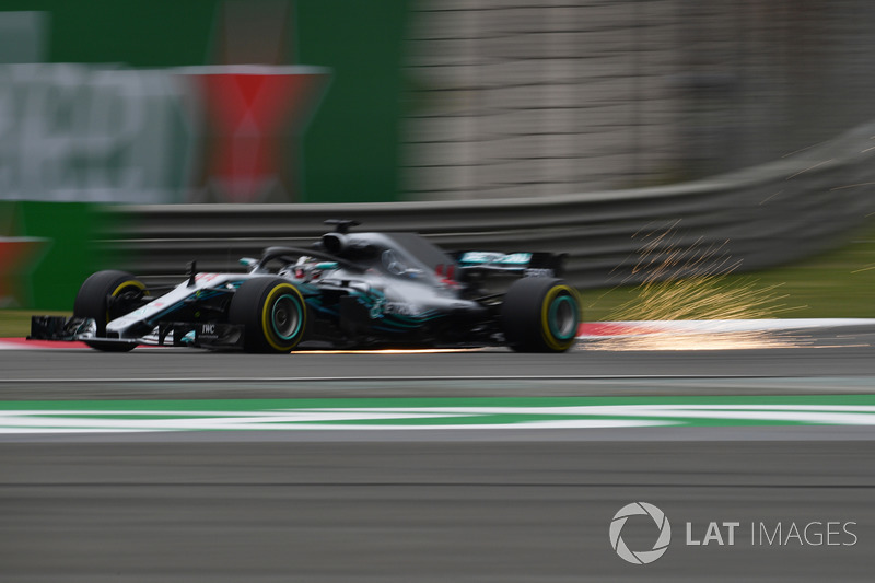 1. Lewis Hamilton, Mercedes-AMG F1 W09 EQ Power
