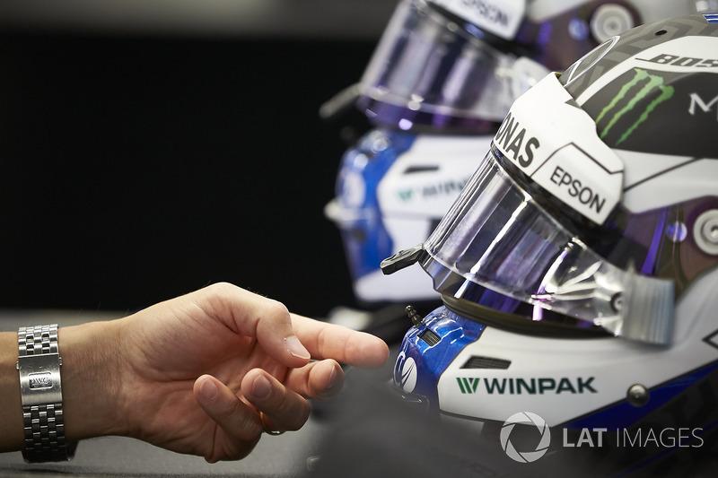 I caschi di Valtteri Bottas, Mercedes AMG F1