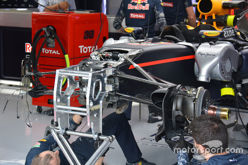 Red Bull Racing RB12 front detail