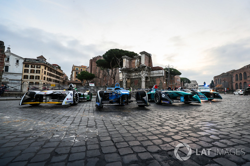 Coches de Fórmula E en Roma