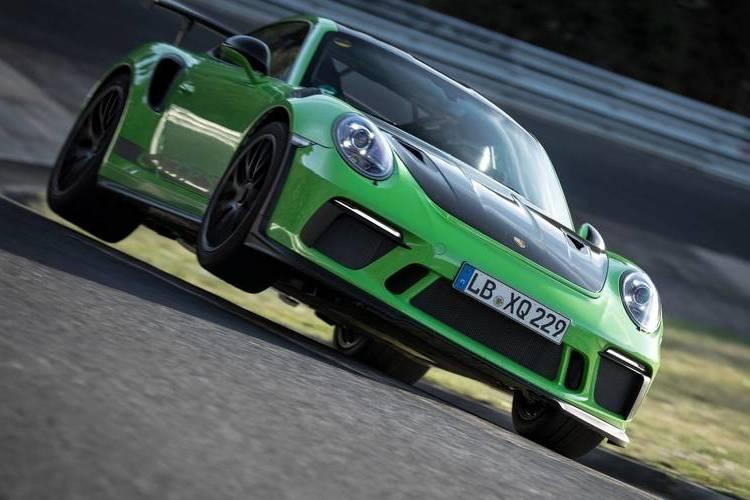Autó Nézd végig a Porsche 911 GT3 RS 7 perc alatti nürburgringi száguldását