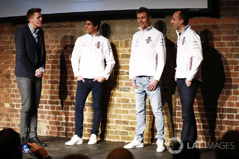 Lance Stroll, Sergey Sirotkin, Robert Kubica, Williams sur la scène au lancement de la FW41
