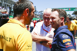 Cyril Abiteboul, Managing Director, Renault Sport F1 Team, Helmut Markko, Consultant, Red Bull Racing, Christian Horner, Team Principal, Red Bull Racing