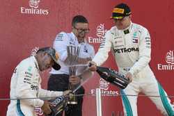 Lewis Hamilton, Mercedes AMG F1, 1st position, Peter Bonnington, Race Engineer, Mercedes AMG, Valtteri Bottas, Mercedes AMG F1, 2nd position, celebrate with Champagne on the podium