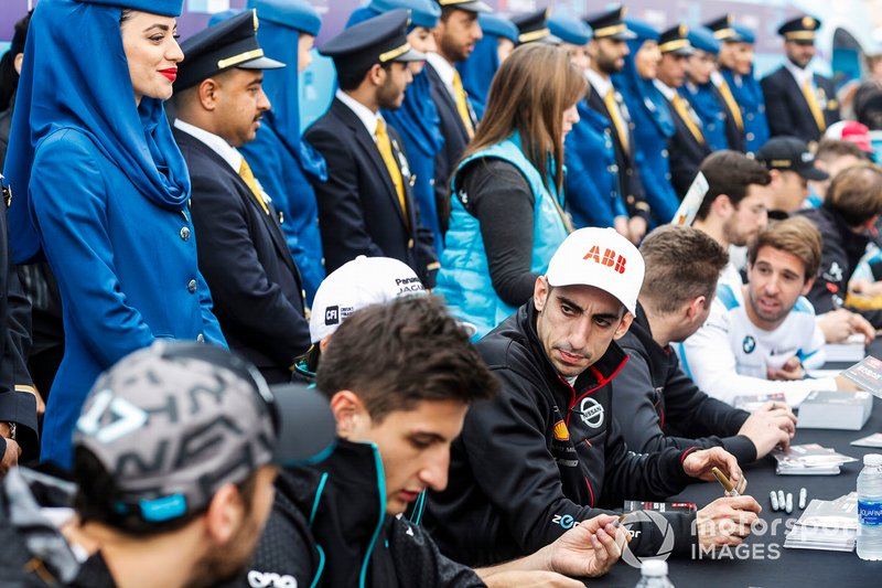 Sébastien Buemi, Nissan e.Dams at the autograph session