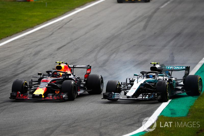 Max Verstappen, Red Bull Racing RB14 Tag Heuer, y su duelo con Valtteri Bottas, Mercedes AMG F1 W09
