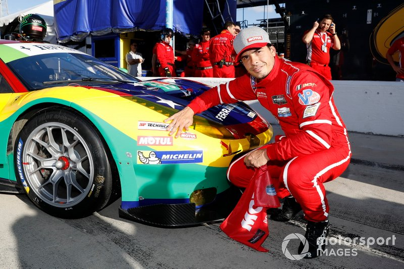 Motul Pole Award winner #13 Via Italia Racing Ferrari 488 GT3, GTD: Marcos Gomes