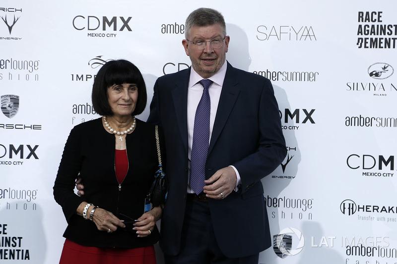 Росс Браун и его жена Рейчел