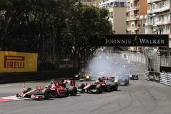 Charles Leclerc, PREMA Powerteam, leads Alexander Albon, ART Grand Prix at the start of the race