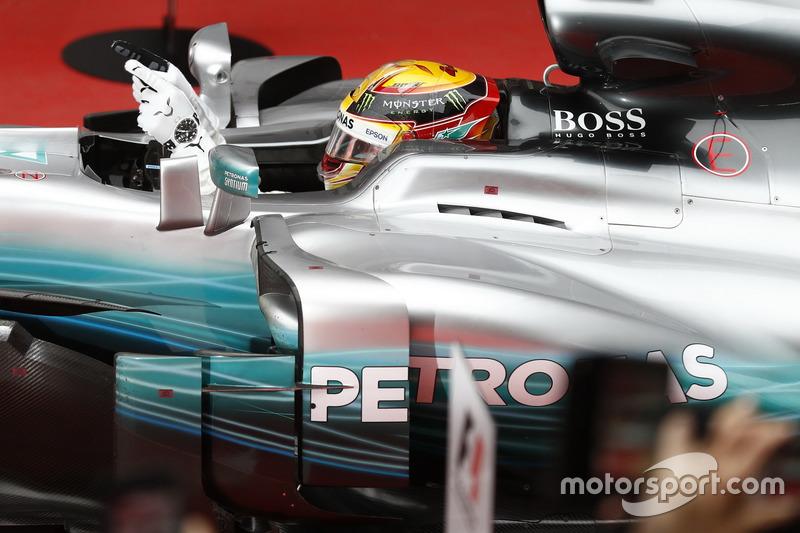 Lewis Hamilton, Mercedes AMG F1 W08, im Parc Ferme