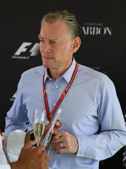 Sean Bratches, kommerzieller Leiter Formel 1 beim Carbon Champagne Presseempfang
