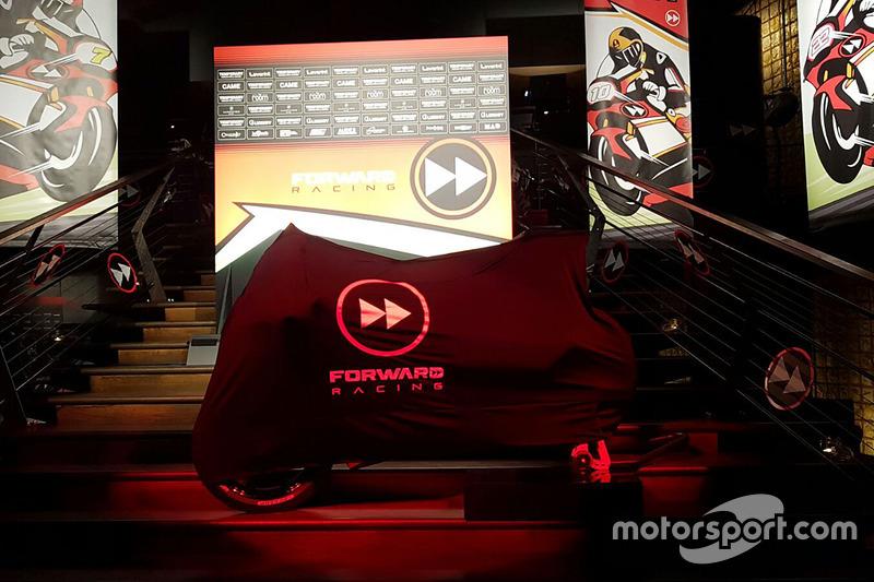 Presentación Forward Racing
