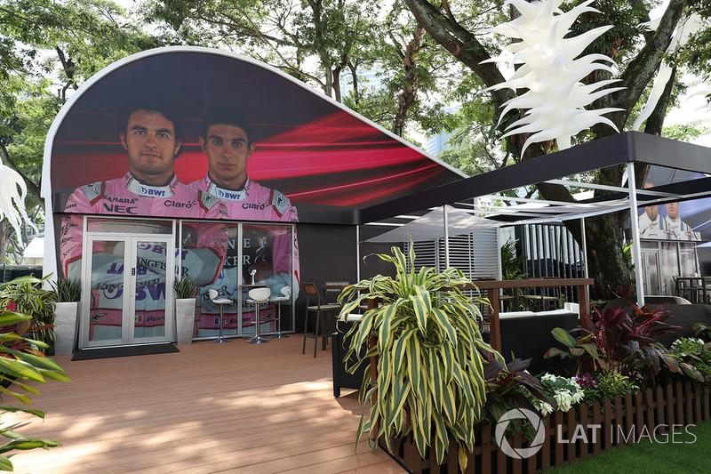 Sahara Force India team building