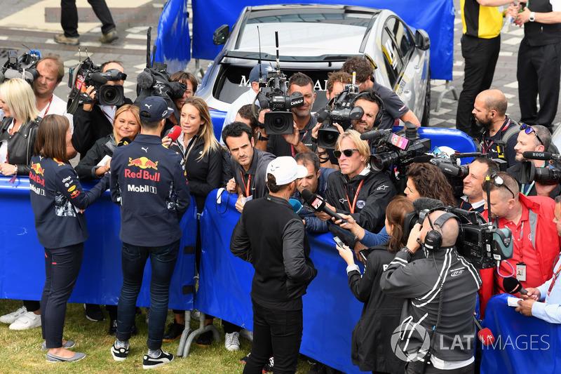 Даніель Ріккардо, Red Bull Racing, Льюіс Хемілтон, Mercedes AMG F1
