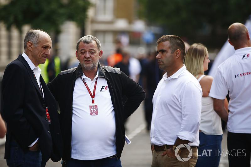 Franz Tost, Team Principal, Scuderia Toro Rosso, Paul Stoddart and Zsolt Baumgartner