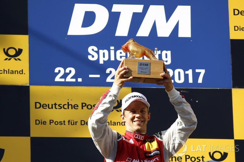 Подіум: переможець Маттіас Екстрьом, Audi Sport Team Abt Sportsline, Audi A5 DTM