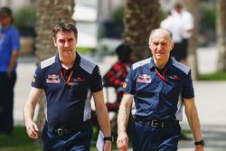 James Key, Technical Director, Scuderia Toro Rosso, and Franz Tost, Team Principal, Scuderia Toro Rosso