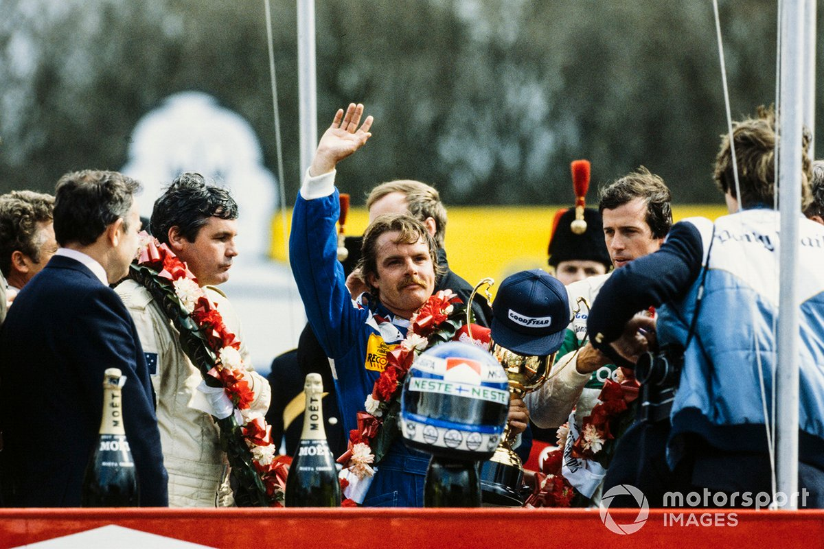 Podium: Race winner Keke Rosberg, Williams, second place Danny Sullivan, Benetton, third place Alan Jones, Arrows